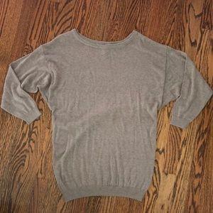 Women's H&M boyfriend sweater. Size 34.